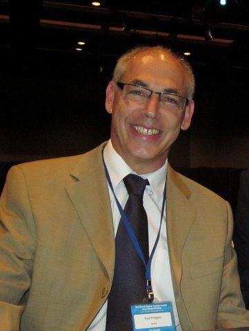 Dr Eyal Propper